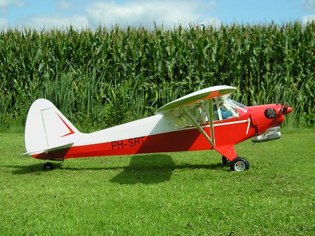 """""""""""""""Piper PA-18"""""""" Jo van Weert"""""""